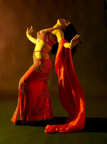 Jannelle-Belly_Dance